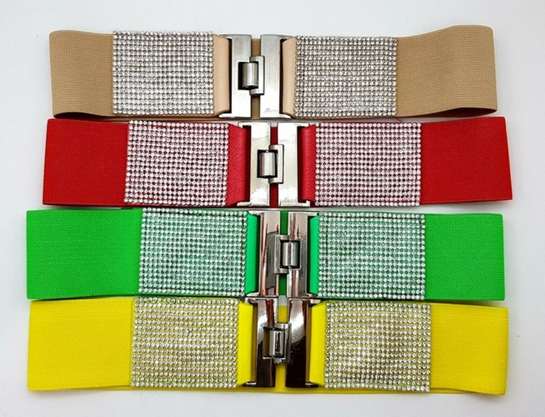 40521 - Belts woman line collection stock lot Europe